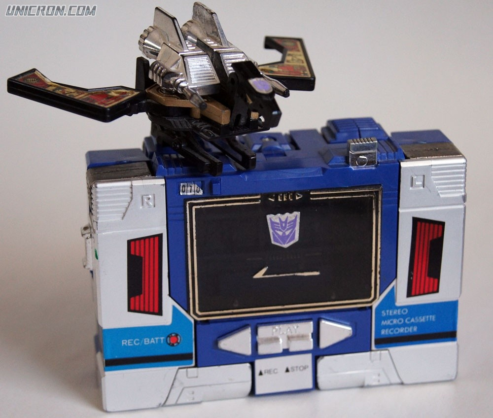Transformers Generation 1 Soundwave & Buzzsaw toy