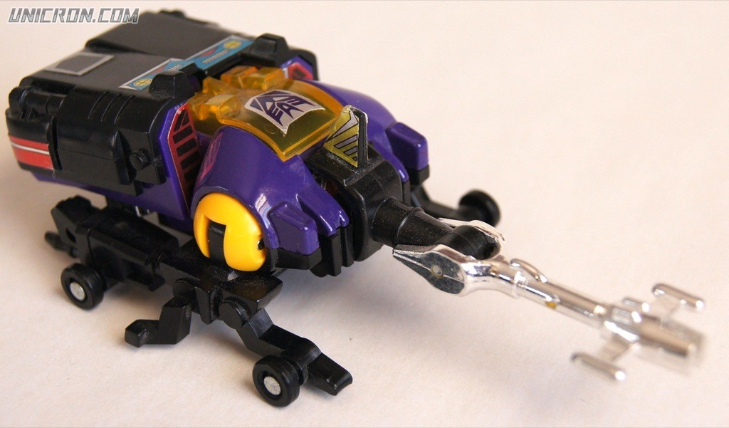 Transformers Generation 1 Bombshell (Insecticon) toy