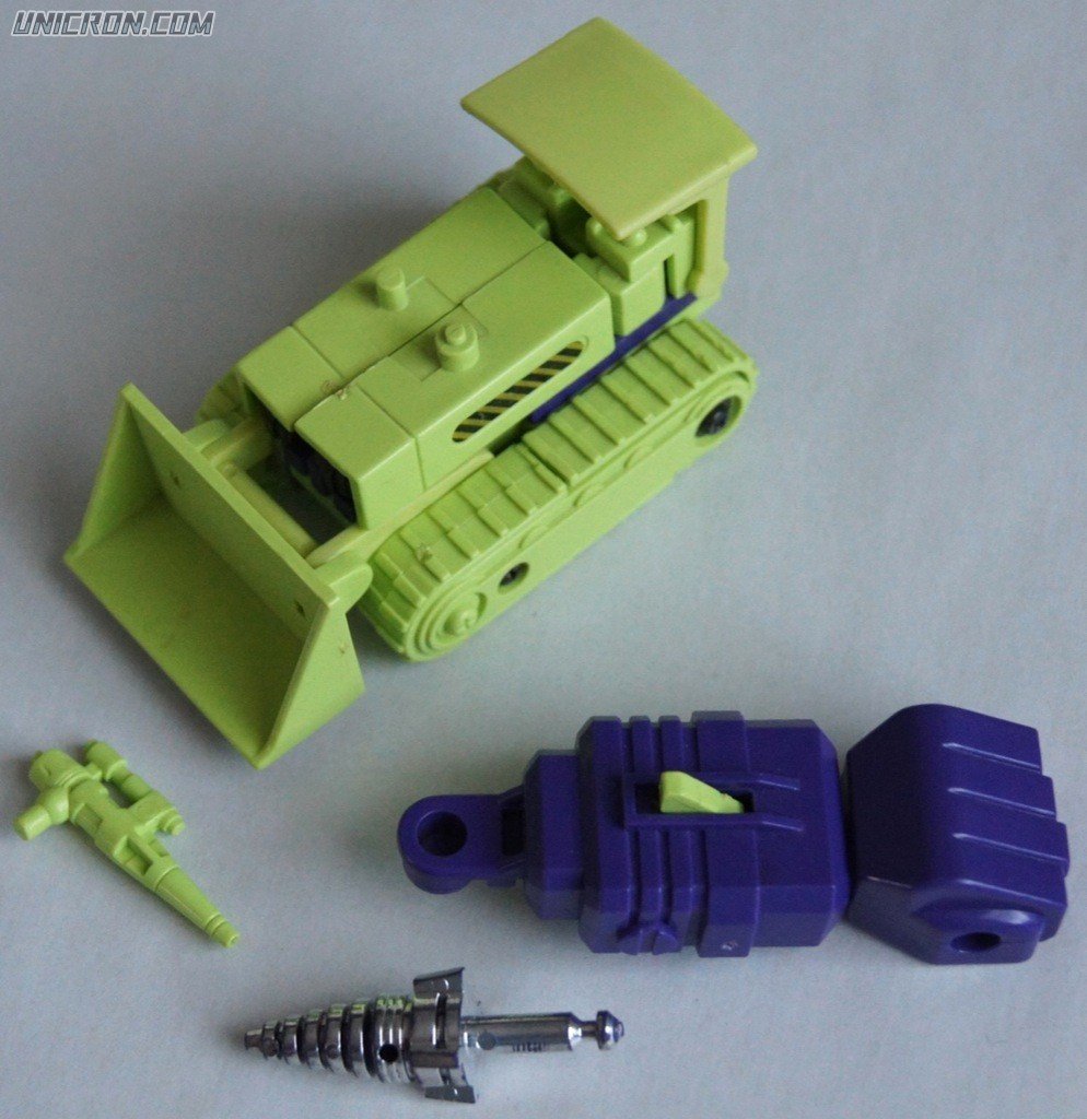 Transformers Generation 1 Bonecrusher (Constructicon) toy