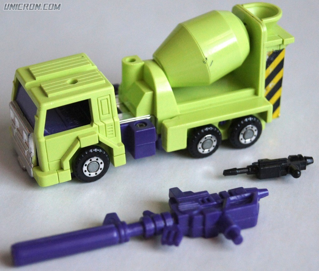 Transformers Generation 1 Mixmaster (Constructicon) toy