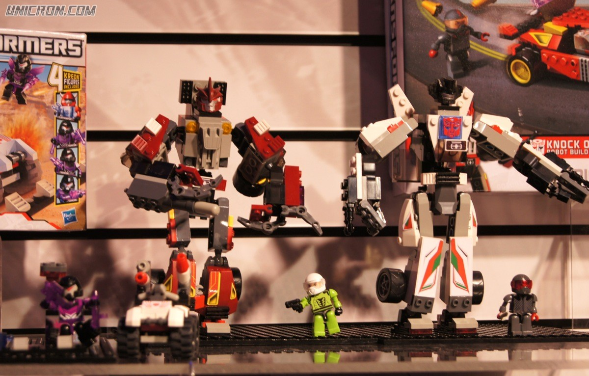 Transformers Kre-O Street Showdown (Kre-O Knock Out vs. Wheeljack) toy