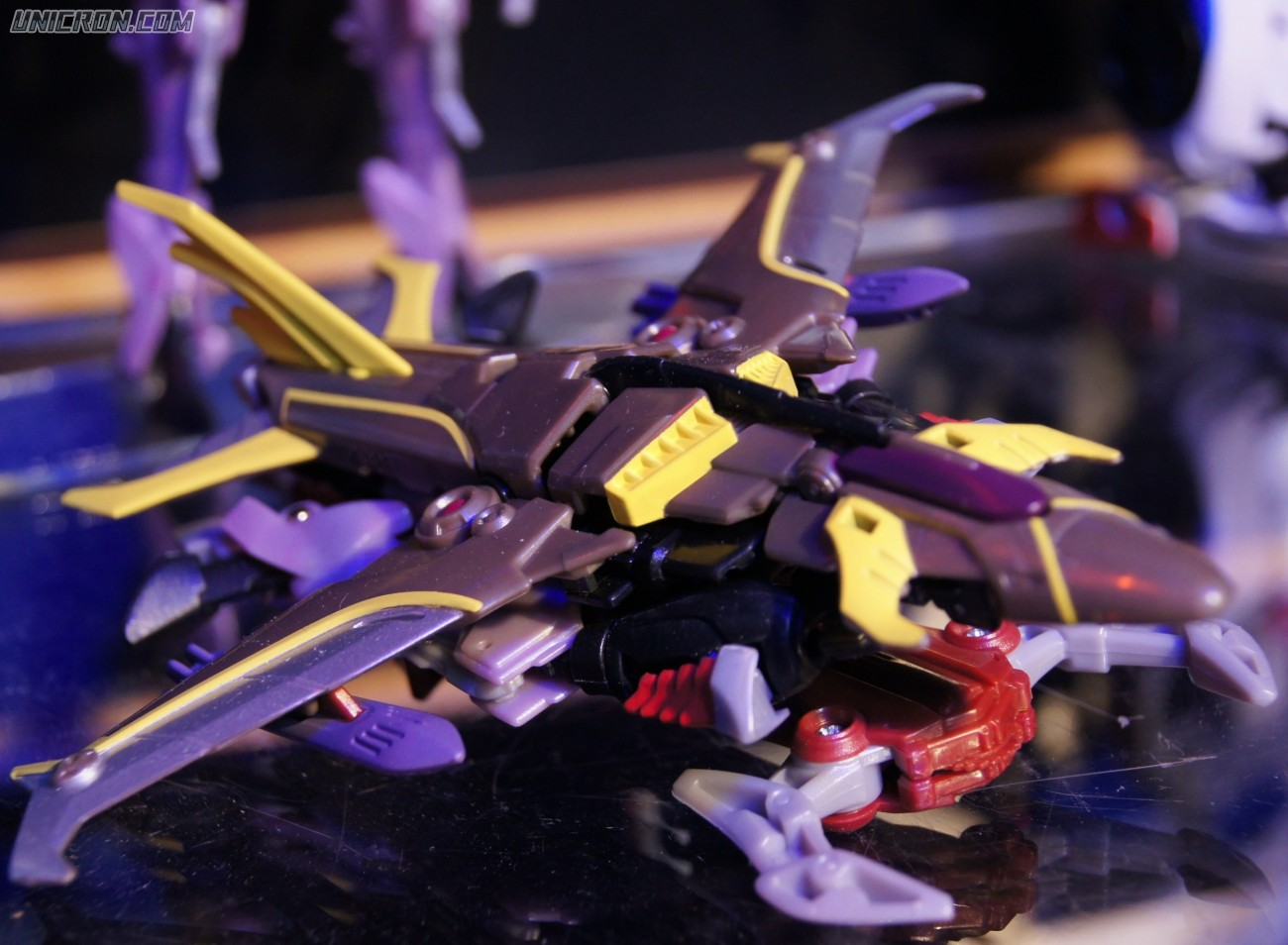 Transformers Prime Starscream (Beast Hunters) toy