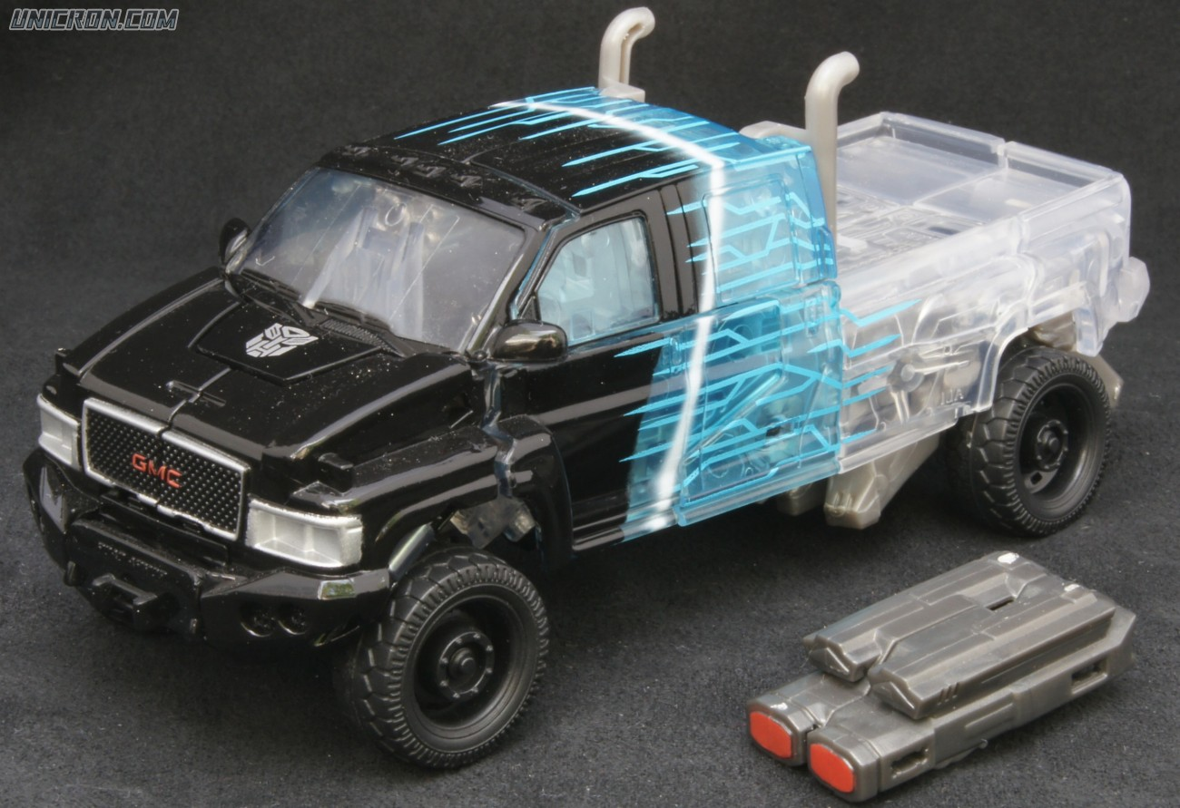 Transformers 3 Dark of the Moon Scan Series Ironhide toy