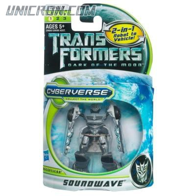 Transformers Cyberverse Soundwave toy
