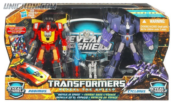 Transformers Reveal The Shield Battle In Space Rodimus & Cyclonus toy
