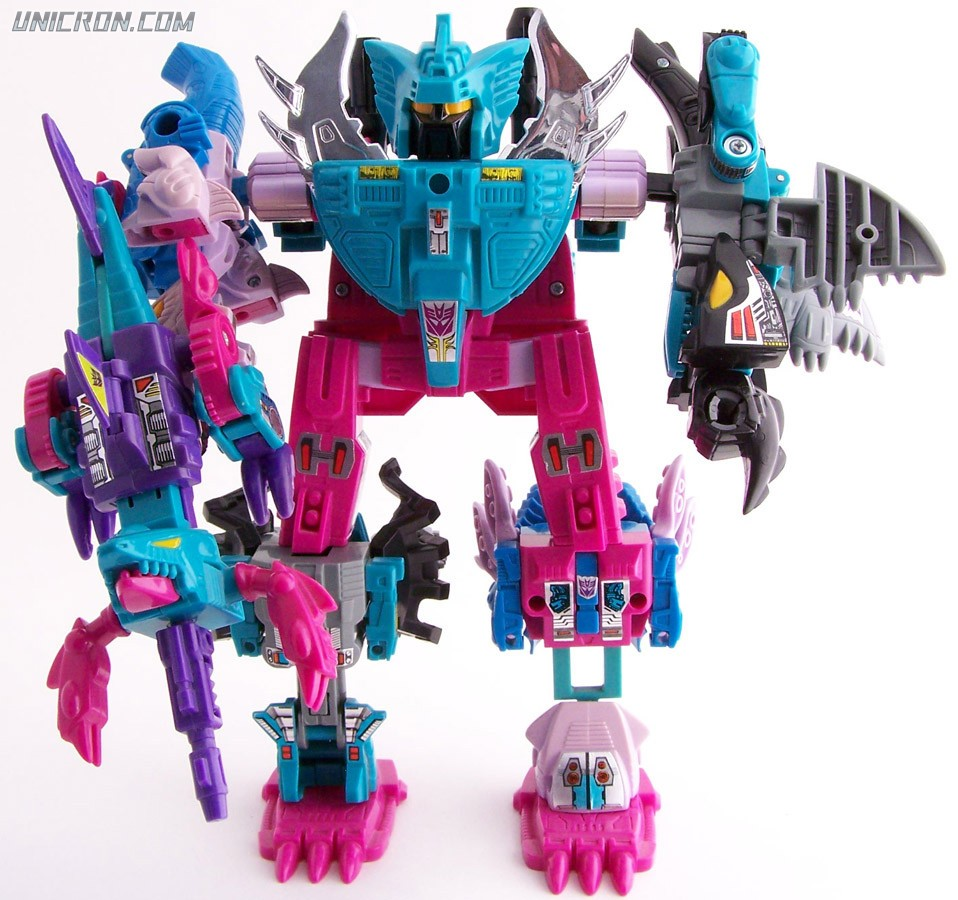 Transformers Generation 1 Piranacon (Giftset) toy