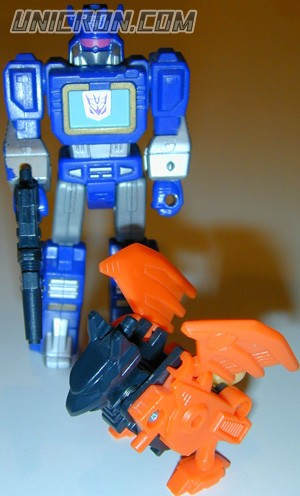 Transformers Generation 1 Soundwave (Action Master - with Wingthing ) toy