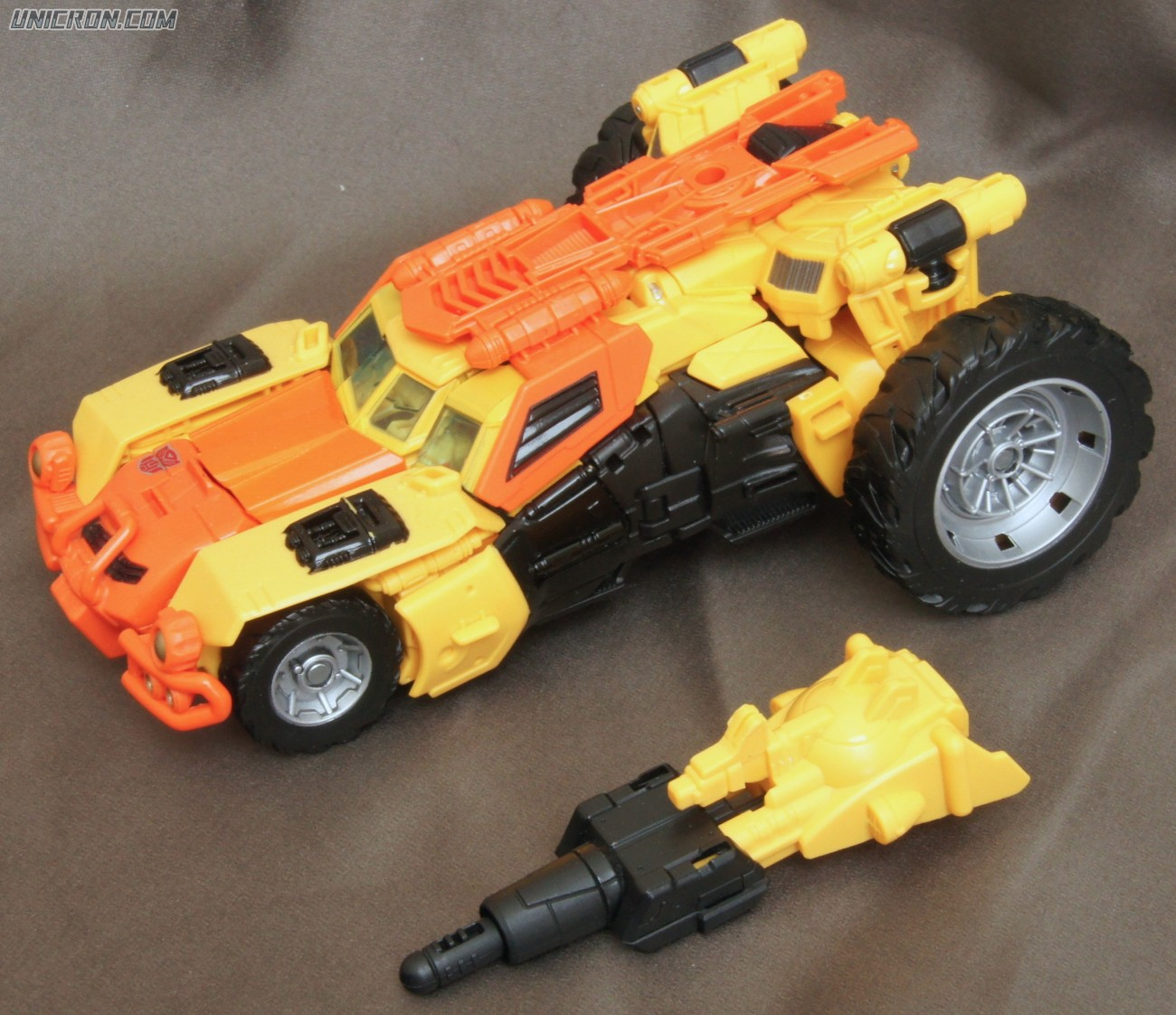 Transformers Generations Sandstorm toy