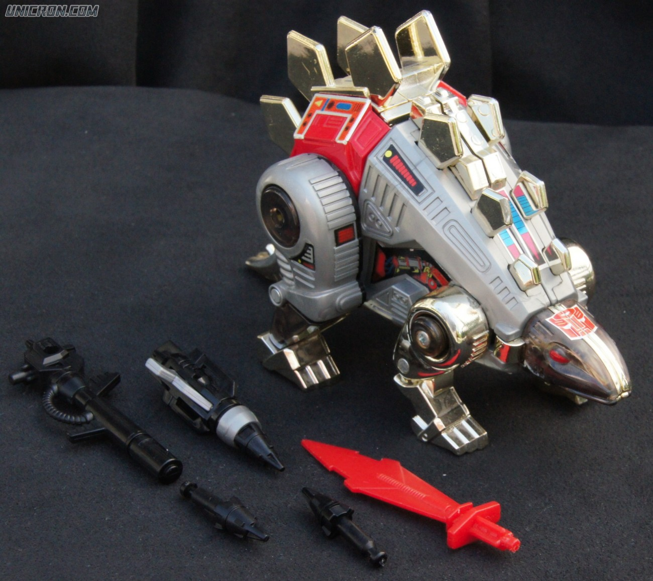 Transformers Generation 1 Snarl toy