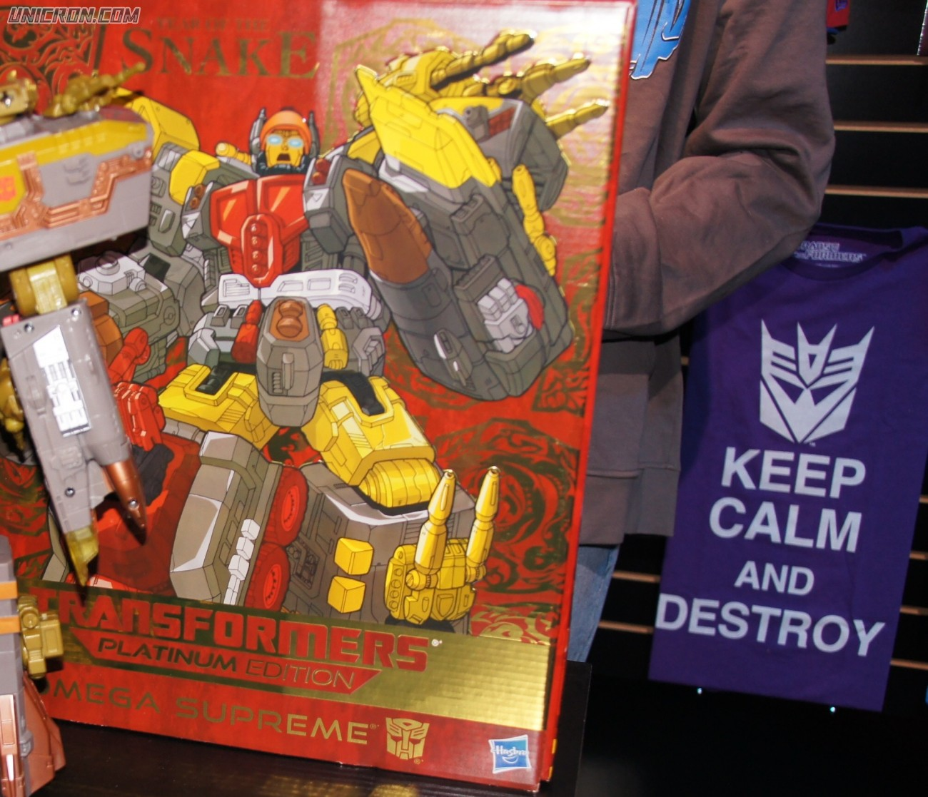 Transformers Platinum Edition Omega Supreme (Year of the Snake) toy