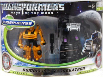 Transformers Cyberverse Bumblebee vs Megatron (Target exclusive) toy