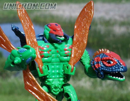 Transformers Beast Wars Sky Shadow (Fuzor) toy